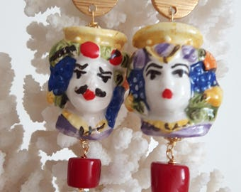 Earrings with coral and brass Caltagirone ceramics, teste di moro