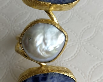 Maxi Gemstone sodalite and white pearl ring