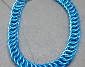 Blue Half Persian Chainmaille Bracelet - B0311