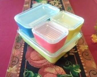 Pyrex Multi Color Refrigerator / Oven / Table Storage Baking Loaf Pans Set 8 Pieces Model #501 / 502 / 503 with Lids 1950's era Pastel Color