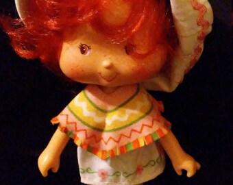 Vintage 1980s Strawberry SHORTCAKE Cafe Ole Doll!!