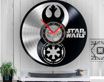 Star Wars Silver Vinyl clock Star Wars uhr handmade clock Wall art Wall clock Empire rebellion Star Wars clock  Birthday Disney