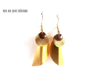 Graphic earrings gold and Brown