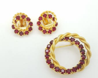 Vintage 1950's Red Rhinestone & Gold Tone Circle Brooch and Clip Earrings Set