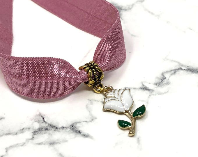 RÓS: gold white rose charm on dusty rose elastic choker