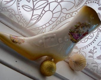 Ceramic Vase in shape of Victorian or Edwardian ladies shoe or boot, flower vase with transferware on side and toe, wedding gift,