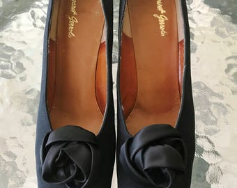 Vintage Margaret Jerrold Black Dress Pumps