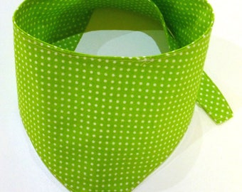 Dogs - scarf dots Green