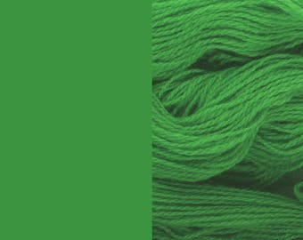 Wool Yarn, grass green, fingering 2-ply worsted pure lambswool 8/2 100g/350m