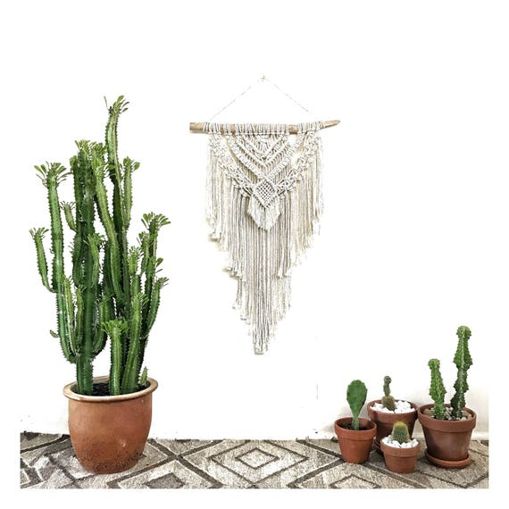 Macrame Wall Hanging RADIANT (in Natural Glow)