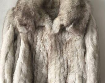 Fantastic Short Vintage Gray Genuine Polar Fox Soft Fur With Big Collar Fluted Design Coat Women's Size Small.