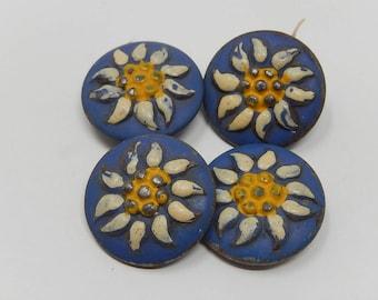 Four flower buds, diameter 2.2 cm, free shipping!