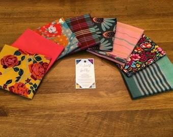 Anna Maria Horner's latest fat quarter bundle 8 pieces (Floral Retrospective and Luminous) SUNSET