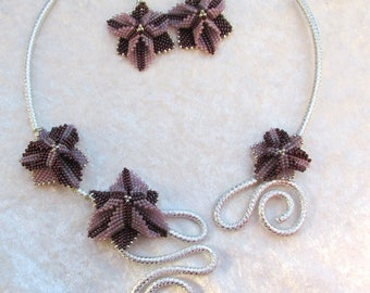 Necklace and earrings set Trillium