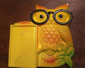 Chalkware owl for notepad