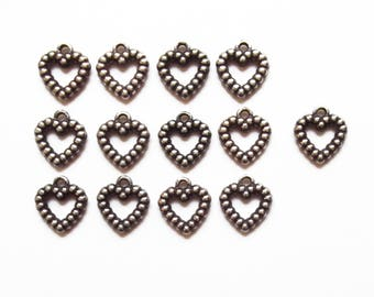 13 acrylic 14 mm silver heart charms