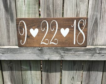 Engagement photo prop, Wedding signs, Wedding date, Wedding decoration, Wedding gift, Personalized sign, Wood signs, Gallery wall
