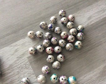 20 white and transparent acrylic bead 12mm in size