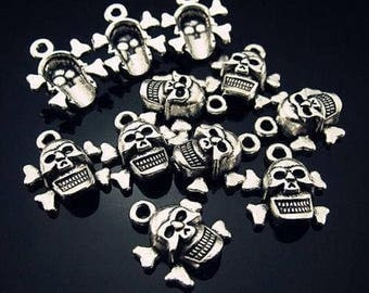 set of 5 Silver skull charm 15 x 12 mm