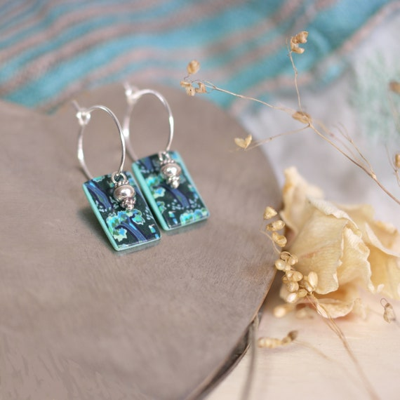 Small hoop earrings 'Tilia', sterling silver earrings, square sequins with handmade japanese teal patterns, silver tassel