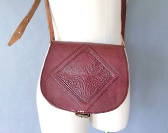vintage leather crossbady bag