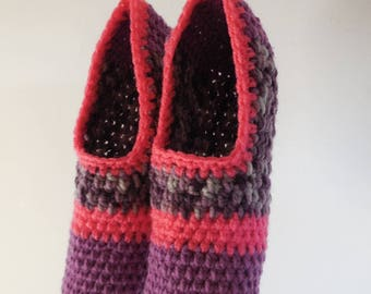 "Slippers crocheted collection ""Polka""."