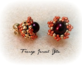Code 02901 Stud coloring gold and Burgundy