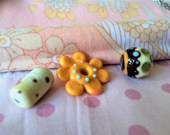 Set of 3 Lampwork Glass Beads.