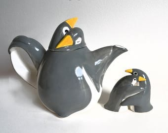 Vintage 1970's  Fitz and Floyd Penguin Teapot plus Salt and Pepper Shakers