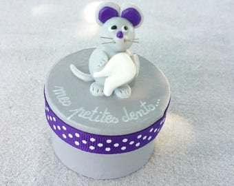 grey round teeth box with little mouse (violet tone)