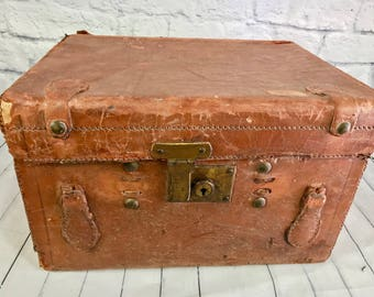 Antique Leather Top Hat Box Victorian - Travel Label - Nikko Hotel Japan -