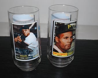 McDonalds glasses,tumblers,Baseball MLB,All Time Greatest,1993,Willie Mays,Bob Clemente,McDonalds drinking glasses,baseball collectible
