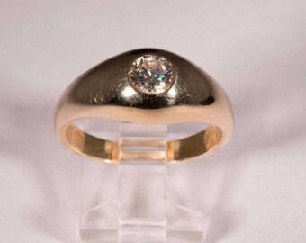 14k Yellow Gold Mens Bezel Mounted Diamond Ring, Size 10