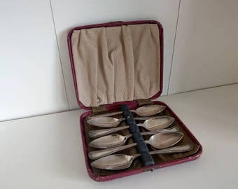 19th century Epns spoon set of six with case