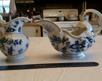 vintage blue danube pitcher creamer set - onion cobalt white jug japan porcelain ceramic footed pedestal gravy boat delft meissen blossoms