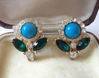 Charming signed Sarah Coventry turquoise and rhinestone clip on earrings