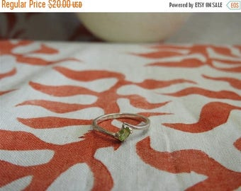 ON SALE stunning vintage sterling silver and peridot ring size 7