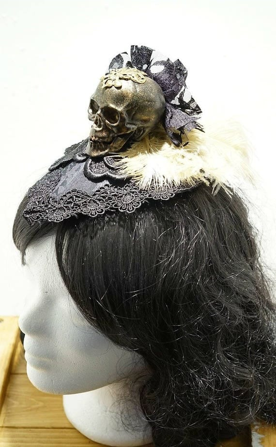 Black bronze gold glitter fascinator with skull / black small Fascinator with bronze gold glitter and skull