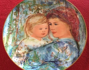 Edna Hibel Mothers Day Plate: Michele and Anna Collector Plate