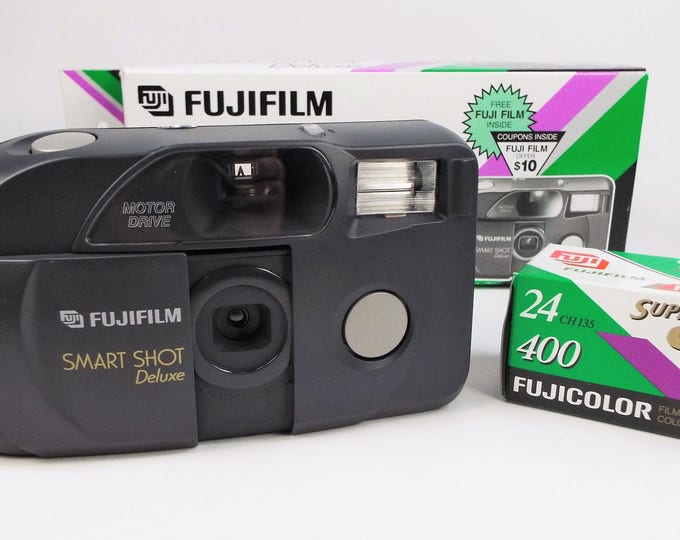 Fujifilm Smart Shot Deluxe 35mm Compact Film Camera Outfit - Mint New in Box - Fujinon 33mm Focus Free Lens - Fujicolor Film Included! Nice!