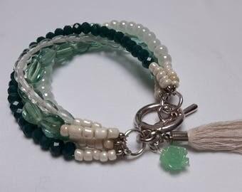 Double bracelet laced