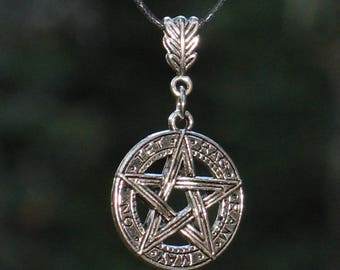 Pentagram pentacle necklace / wicca / #039
