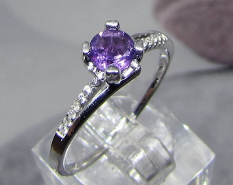 Silver knuckle ring and Amethyst size 50
