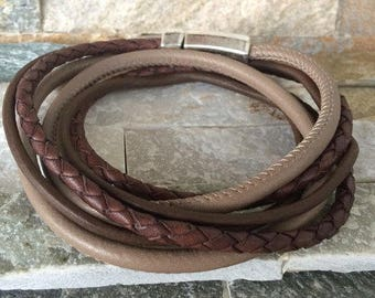 Leather band men bracelet Brown camel leather