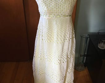Vintage 1970's Bridal Bridesmaid Formal Summer Dress Off White Eyelet Shell With Yellow Green Lining