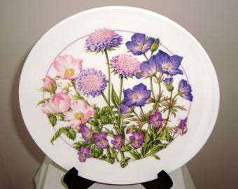 Set of Three Vintage Royal Doulton Collector's Plates From The Series 'Nature's Own Beauties', Marketed by The Bradford Exchange