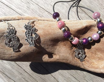 Adornment necklace and earrings cats