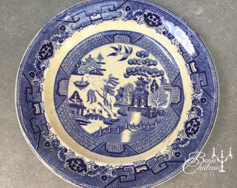 Large Antique Blue Willow Pattern Plate Platter from 1800s.