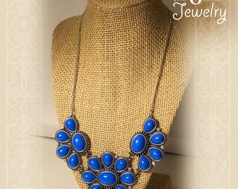 Vinatge Brilliant Colbolt  Blue Necklace