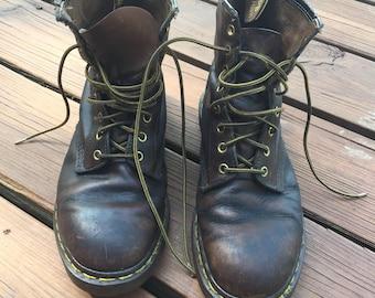 Dr. Martens Air Cushion Soles Brown Boot (Size 9) Mens
